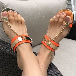 Super cute neon orange Flip-flops
